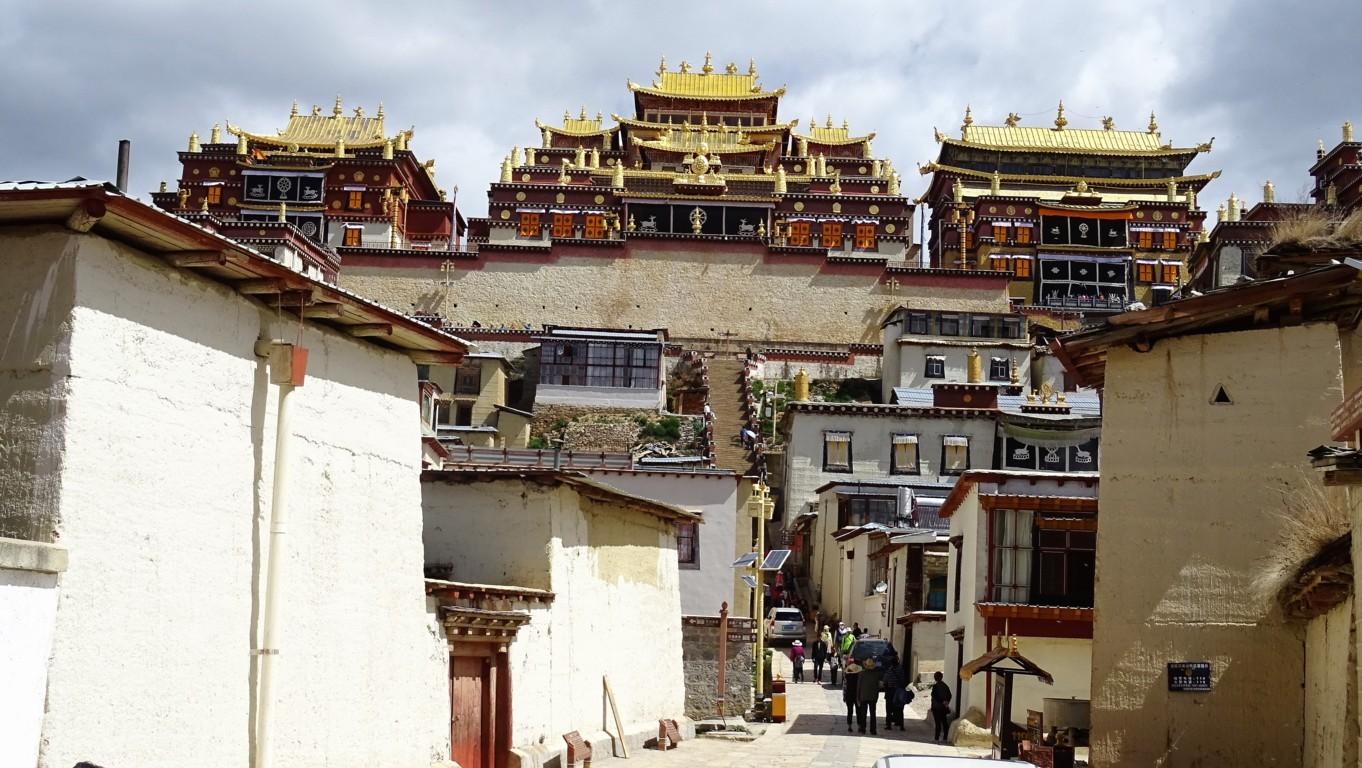 Monastère Shangri la 3