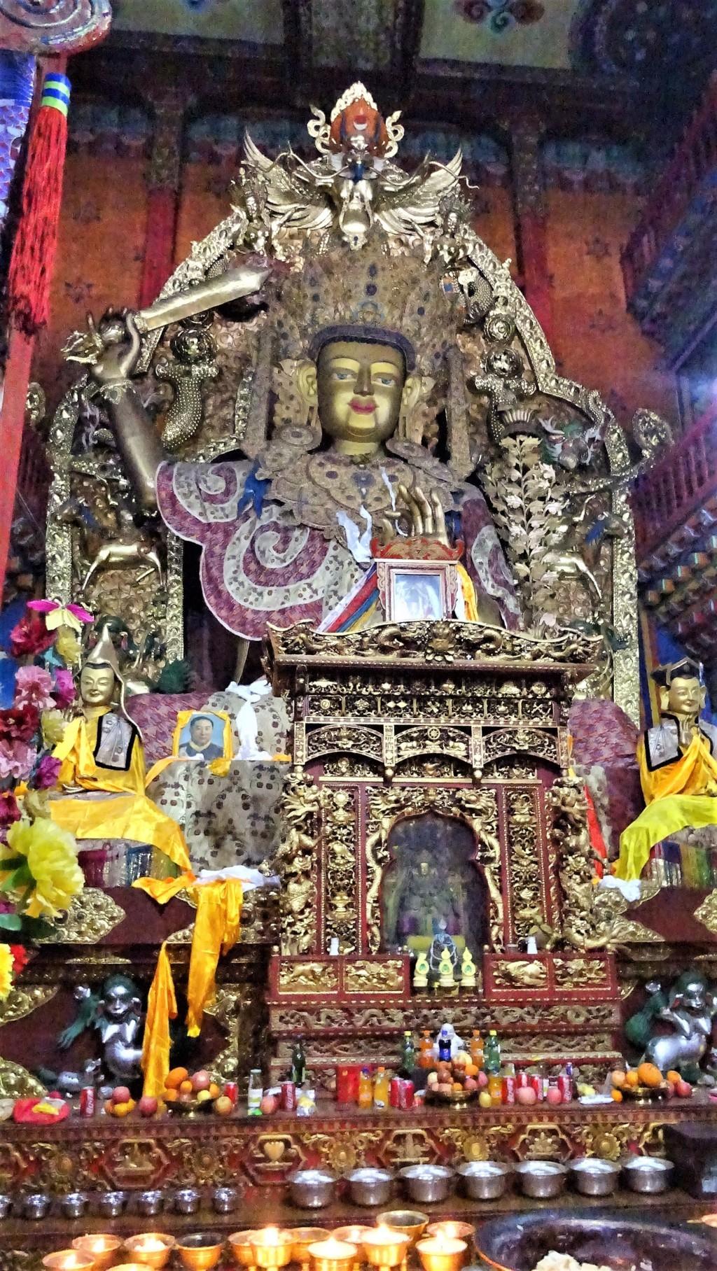 Monastère Shangri la 8